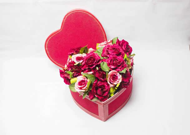 Valentine's and Seasonal Hampers